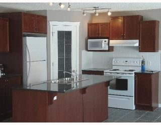 Photo 3:  in CALGARY: Chestermere Residential Detached Single Family for sale : MLS®# C3254376