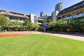 "Photo 20: 311 2925 GLEN Drive in Coquitlam: North Coquitlam Condo for sale in ""GLENBOROUGH"" : MLS®# R2492747"