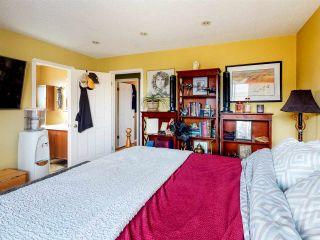Photo 35: 11105 157A Avenue in Edmonton: Zone 27 House for sale : MLS®# E4235525