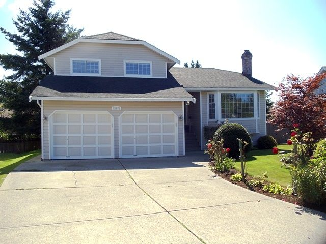 Main Photo: 15972 19A Ave in South Surrey White Rock: Home for sale : MLS®# F1119177