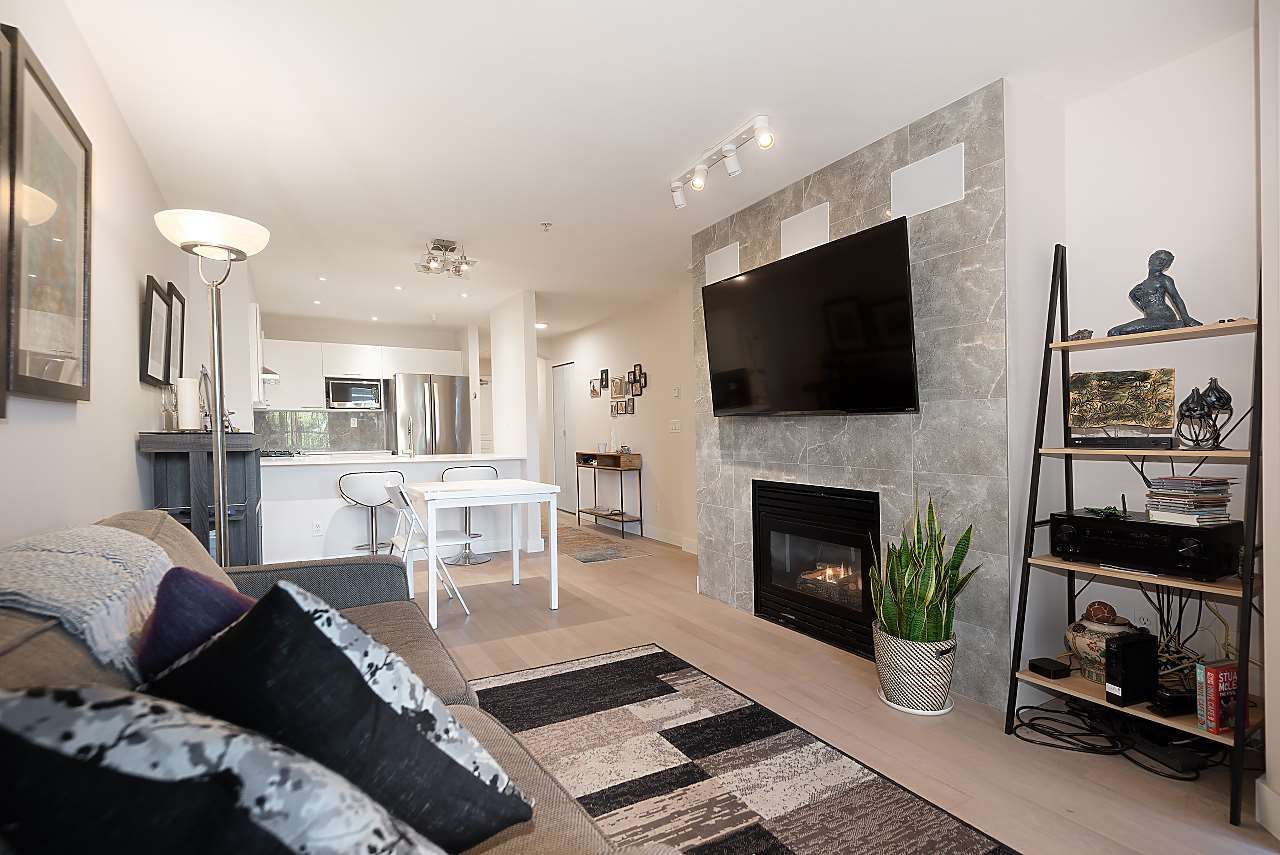 """Photo 4: Photos: 310 5723 COLLINGWOOD Street in Vancouver: Southlands Condo for sale in """"The Chelsea"""" (Vancouver West)  : MLS®# R2521366"""