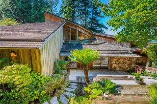 """Photo 28: 370 374 SMUGGLERS COVE Road: Bowen Island House for sale in """"Hood Point"""" : MLS®# R2518143"""