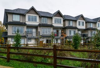 """Photo 1: 40 6971 122 Street in Surrey: West Newton Townhouse for sale in """"Aura"""" : MLS®# R2120843"""
