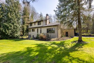 """Photo 2: 17418 HILLVIEW Place in Surrey: Grandview Surrey House for sale in """"Country Woods"""" (South Surrey White Rock)  : MLS®# R2619162"""