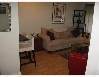 """Photo 9: 409 2142 CAROLINA Street in Vancouver: Mount Pleasant VE Condo for sale in """"WOOD DALE"""" (Vancouver East)  : MLS®# V793315"""