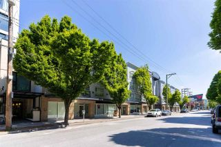 """Photo 3: PH10 511 W 7TH Avenue in Vancouver: Fairview VW Condo for sale in """"Beverly Gardens"""" (Vancouver West)  : MLS®# R2584583"""