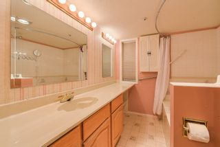 "Photo 16: 111 1150 54A Street in Delta: Tsawwassen Central Condo for sale in ""THE LEXINGTON"" (Tsawwassen)  : MLS®# R2375130"