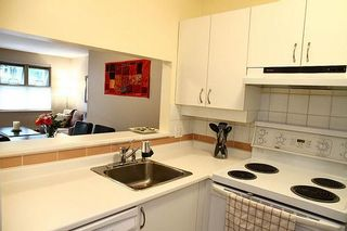 Photo 5: 106 935 W 15TH Avenue in Vancouver: Fairview VW Condo for sale (Vancouver West)  : MLS®# V900779