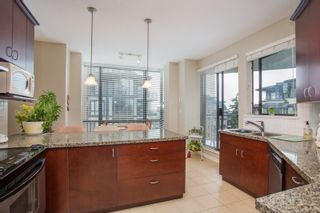 """Photo 5: 502 1581 FOSTER Street: White Rock Condo for sale in """"Sussex House"""" (South Surrey White Rock)  : MLS®# R2390075"""