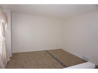 Photo 3: 208 TARINGTON Close NE in Calgary: Taradale House for sale : MLS®# C4040082