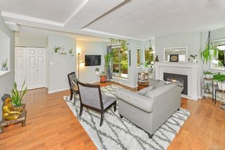 Photo 5: 104 1270 Johnson St in Victoria: Vi Downtown Condo for sale : MLS®# 844658