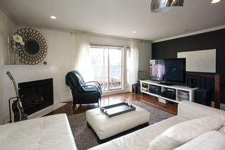 """Photo 3: 9 14921 THRIFT Avenue: White Rock Townhouse for sale in """"Nicole Place"""" (South Surrey White Rock)  : MLS®# R2036122"""
