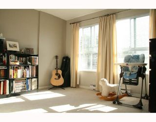 """Photo 8: 330 528 ROCHESTER Avenue in Coquitlam: Coquitlam West Condo for sale in """"THE AVE"""" : MLS®# V732786"""