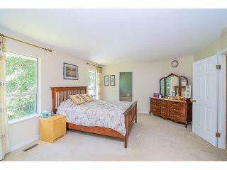 "Photo 11: 8107 148A Street in Surrey: Bear Creek Green Timbers House for sale in ""MORNINGSIDE"" : MLS®# F1447269"