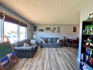 Photo 10: 201 Cross Street South in Outlook: Residential for sale : MLS®# SK851005