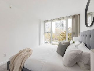 Photo 17: 305 1009 EXPO BOULEVARD in Vancouver: Yaletown Condo for sale (Vancouver West)  : MLS®# R2575432