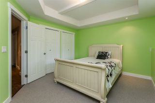 """Photo 32: 2290 CHARDONNAY Lane in Abbotsford: Aberdeen House for sale in """"Pepin Brook"""" : MLS®# R2555950"""