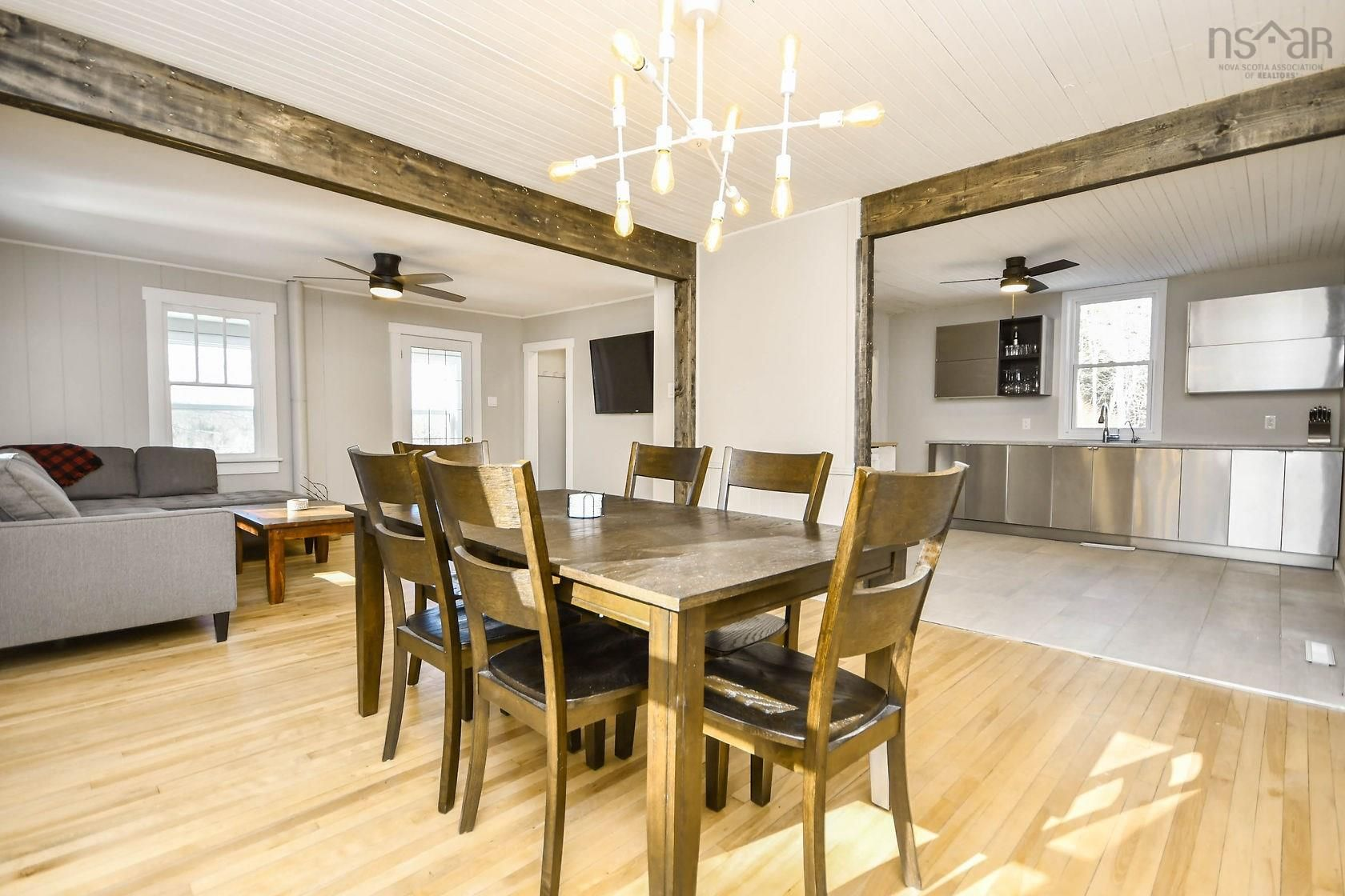 Photo 12: Photos: 284 East River Road in Sheet Harbour: 35-Halifax County East Residential for sale (Halifax-Dartmouth)  : MLS®# 202120104