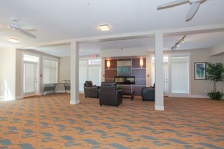 """Photo 15: 403 19936 56 Avenue in Langley: Langley City Condo for sale in """"BEARING POINTE"""" : MLS®# R2236302"""
