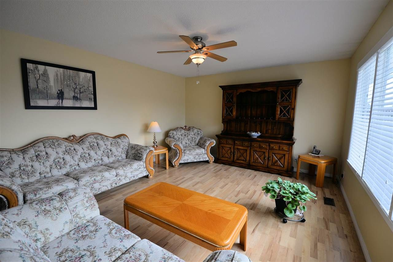 """Photo 5: Photos: 974 INEZ Crescent in Prince George: Lakewood House for sale in """"LAKEWOOD"""" (PG City West (Zone 71))  : MLS®# R2154434"""