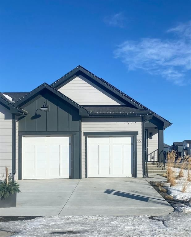 FEATURED LISTING: 95 Walgrove Park Southeast Calgary