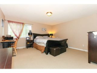 """Photo 11: 54 12040 68TH Avenue in Surrey: West Newton Townhouse for sale in """"Terrane"""" : MLS®# F1450665"""