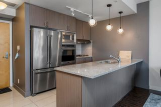 """Photo 7: 904 1211 MELVILLE Street in Vancouver: Coal Harbour Condo for sale in """"The Ritz"""" (Vancouver West)  : MLS®# R2617384"""