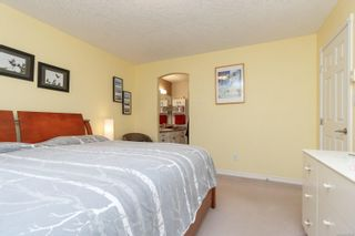Photo 15: 10389 Resthaven Dr in : Si Sidney North-East Half Duplex for sale (Sidney)  : MLS®# 859000