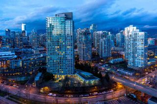 Photo 3: 2808 1033 MARINASIDE CRESCENT in Vancouver: Yaletown Condo for sale (Vancouver West)  : MLS®# R2238067