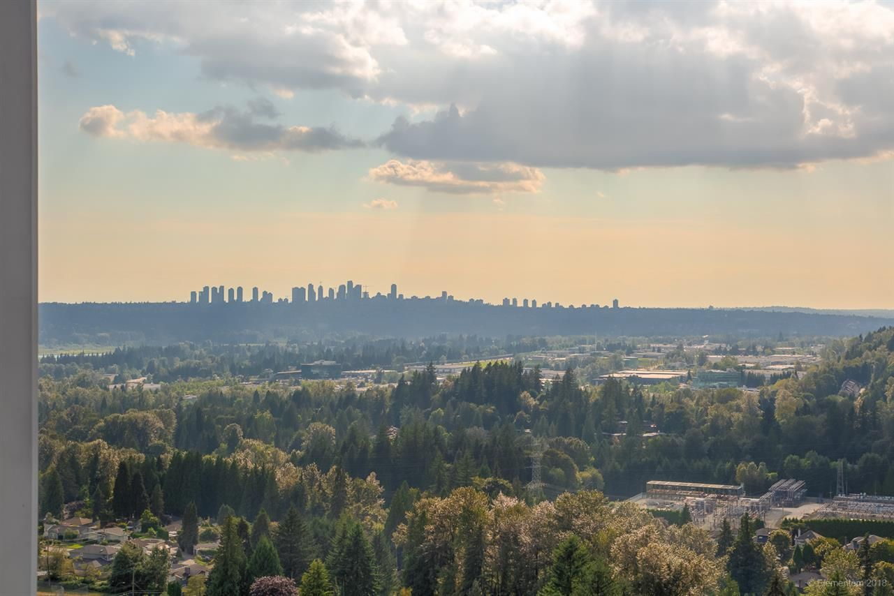 """Photo 8: Photos: 2603 520 COMO LAKE Avenue in Coquitlam: Coquitlam West Condo for sale in """"THE CROWN"""" : MLS®# R2483945"""