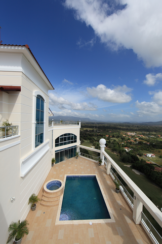 Photo 16: Beautiful Coronado Golf Apartment for Sale