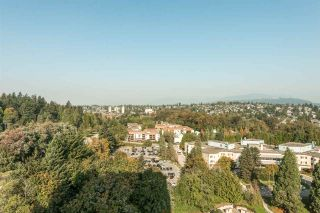 """Photo 18: 2002 280 ROSS Drive in New Westminster: Fraserview NW Condo for sale in """"THE CARLYLE"""" : MLS®# R2504994"""