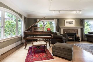 Photo 12: 2588 COURTENAY Street in Vancouver: Point Grey House for sale (Vancouver West)  : MLS®# R2577673