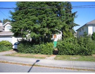 Photo 2: 6870 LINDEN Avenue in Burnaby: Highgate House for sale (Burnaby South)  : MLS®# V793937