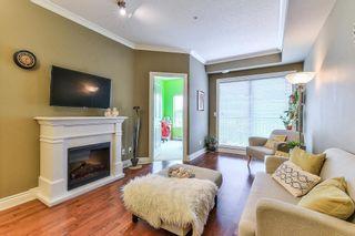 """Photo 4: 306 20286 53A Avenue in Langley: Langley City Condo for sale in """"Casa Verona"""" : MLS®# R2266915"""