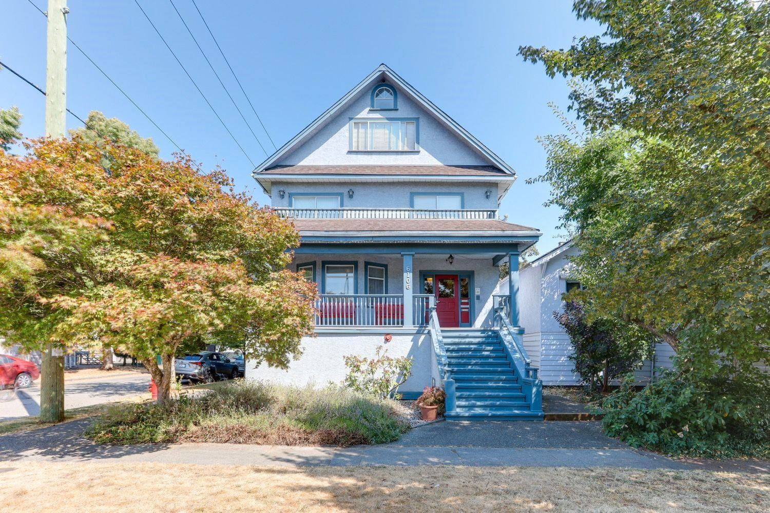 Main Photo: 6106 CHESTER Street in Vancouver: South Vancouver Multi-Family Commercial for sale (Vancouver East)  : MLS®# C8040044