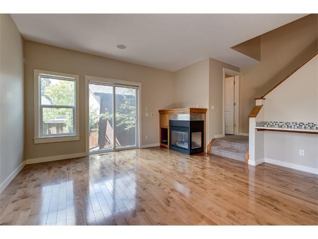Main Photo: 2 1927 36 Street SW in Calgary: Killarney_Glengarry House for sale : MLS®# C4016825