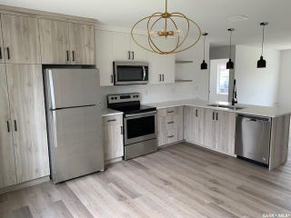 Photo 1: 10 135 Keedwell Street in Saskatoon: Willowgrove Residential for sale : MLS®# SK863605