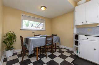 """Photo 13: 2224 VICTORIA Drive in Vancouver: Grandview Woodland House for sale in """"""""Mini Mint Manor"""""""" (Vancouver East)  : MLS®# R2482613"""