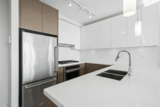 """Photo 11: 2206 3080 LINCOLN Avenue in Coquitlam: North Coquitlam Condo for sale in """"1123 Westwood"""" : MLS®# R2505842"""