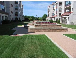 Photo 2:  in WINNIPEG: Fort Garry / Whyte Ridge / St Norbert Condominium for sale (South Winnipeg)  : MLS®# 2903876