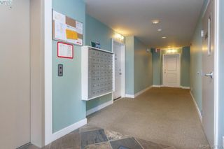 Photo 4: 305 611 Goldstream Ave in VICTORIA: La Fairway Condo for sale (Langford)  : MLS®# 777689