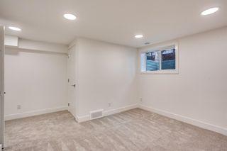 Photo 32: 7411 7 Street SW in Calgary: Kingsland Detached for sale : MLS®# A1021335