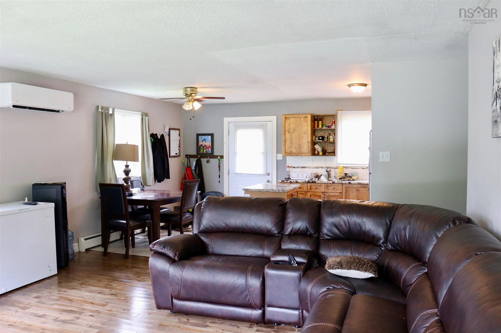 Photo 5: Photos: 327 Highway 3 in Simms Settlement: 405-Lunenburg County Residential for sale (South Shore)  : MLS®# 202120797
