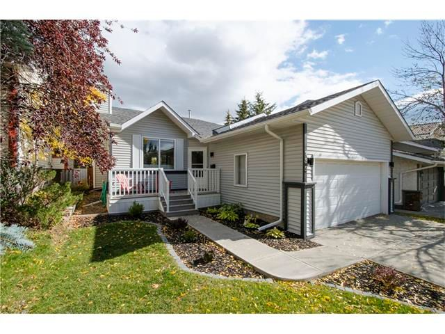 Main Photo: 135 SCENIC ACRES Drive NW in Calgary: Scenic Acres House for sale : MLS®# C4032966