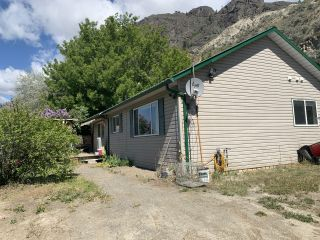 Photo 2: 3987/3991 Shuswap Road E. in Kamloops: South Thompson Valley House for sale : MLS®# 162104