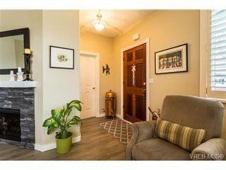 Photo 2: 1639 Pembroke St in VICTORIA: Vi Fernwood House for sale (Victoria)  : MLS®# 726428