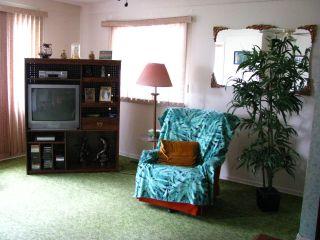 Photo 2: 331 X Avenue South in SASKATOON: Meadow Green (Area 04) Single Family Dwelling for sale (Area 04)  : MLS®# 316572