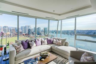 "Main Photo: 1602 1560 HOMER Mews in Vancouver: Yaletown Condo for sale in ""The Erickson"" (Vancouver West)  : MLS®# R2543540"