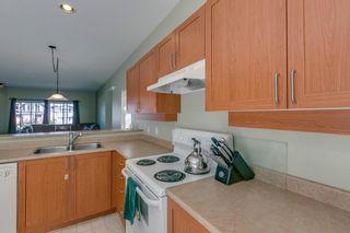 """Photo 15: 10 1800 MAMQUAM Road in Squamish: Garibaldi Estates Townhouse for sale in """"Viressence"""" : MLS®# R2102551"""